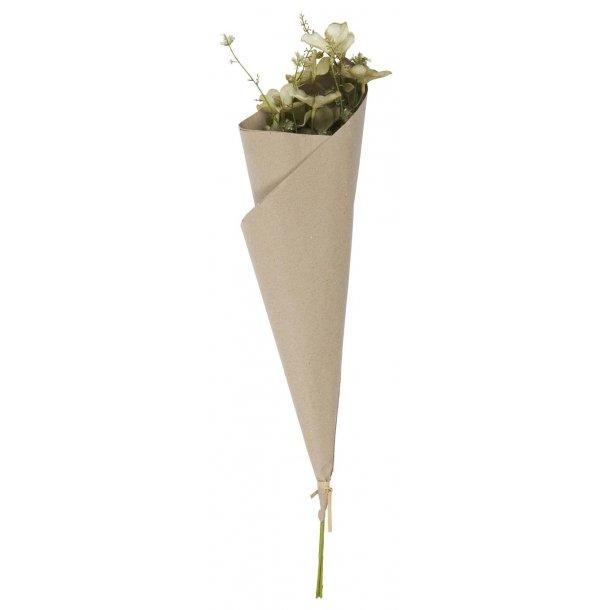 Buket pakket i kraftpapir - grønne nuancer